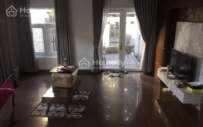 Villa góc 2 mặt tiền - Đối diện công viên - 4 phòng ngủ - Giá 30 triệu- An Phú