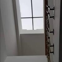 Bán nhà Chùa Láng, Đống Đa 50m2, 4 tầng cách phố 40m dọn vào ở ngay giá bán 4,1 tỷ