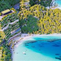 Flamingo Cát Bà Beach Resort biệt thự xanh trên bờ cát trắng