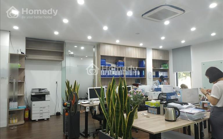 Cho thuê văn phòng có sẵn nội thất, 90m2 – 25 triệu/tháng