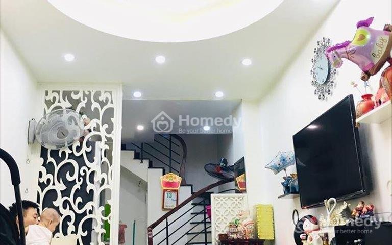 Bán nhà riêng đường Bạch Đằng, quận Hoàn Kiếm 25m2, 5 tầng, mặt tiền 3m, chỉ 2.8 tỷ, liên hệ
