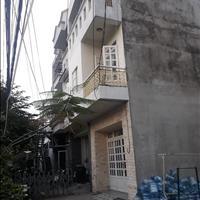 Bán 757m2, có 3 căn biệt thự và 32 phòng trọ, Huỳnh Tấn Phát, Quận 7