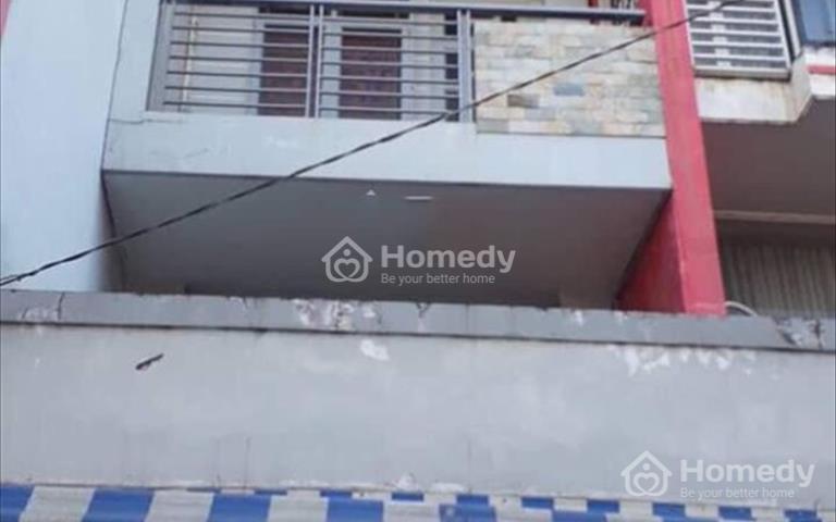 Bán nhà mặt tiền đường Bà Hom, ngay vòng xoay Phú Lâm, chủ nhà kẹt tiền cần bán gấp