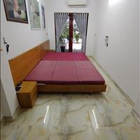Cần tiền nên bán gấp nhà đẹp 3 tầng mặt tiền Nguyễn Hoàng giá đầu tư rẻ nhất thị trường