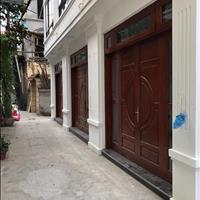 Bán nhà mới xây dựng tại ngõ 640 Nguyễn Văn Cừ, 30m2, 2.9 tỷ