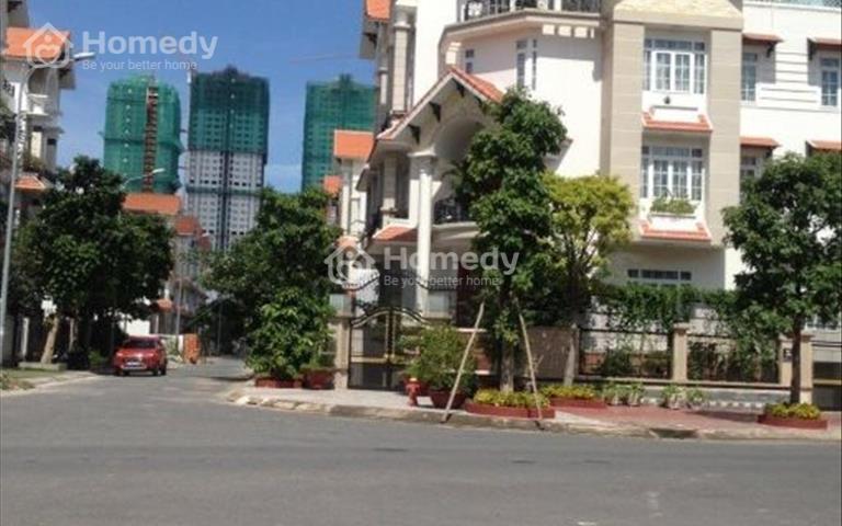 Biệt thự Him Lam Kênh Tẻ, Tân Hưng, quận 7, 10x20m, hầm, 4 lầu, thang máy, nội thất đẹp, 30 tỷ