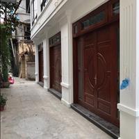 Bán nhà tại ngõ 640 Nguyễn Văn Cừ, mới xây dựng sang trọng, hiện đại, 2.7 tỷ