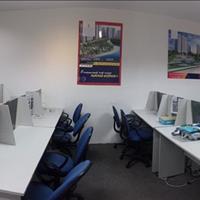 Cho thuê văn phòng cao cấp full nội thất 200m2 giá cạnh tranh