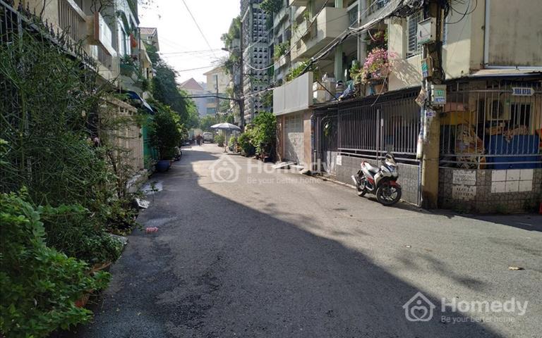 Bán gấp nhà cấp 3 hẻm xe hơi vào nhà Trịnh Đình Trọng, quận 11