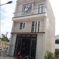 Nhà phố mới xây đường Bùi Hữu Nghĩa, 2 lầu 1 trệt giá 2 tỷ 130m2 đường bê tông 5m