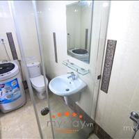 Căn hộ dịch vụ 40m2 phòng mới, thang máy, mặt tiền Nguyễn Cửu Vân