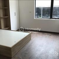 Cho thuê căn hộ Studio đầy đủ đồ điều hòa, giường, tủ, phố Hàm Long cách Hồ Gươm 350m