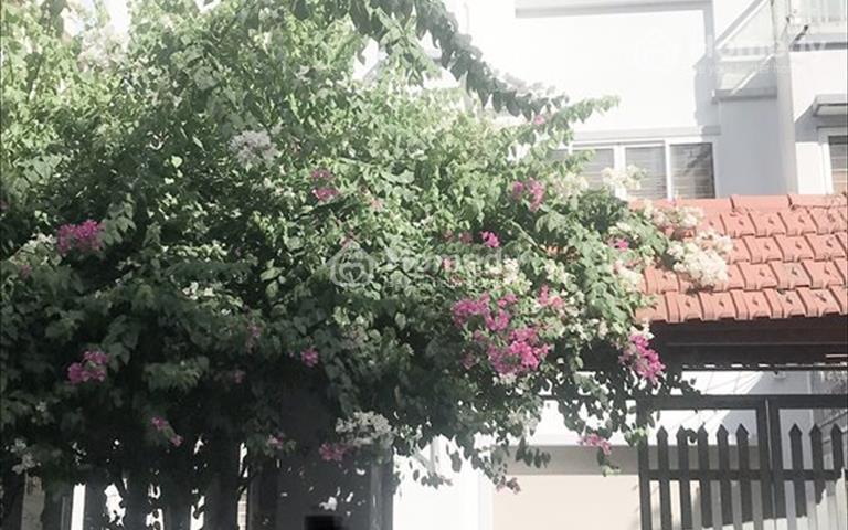Cần cho thuê biệt thự full đồ 4 tầng tại khu đô thị Trung Văn Mới ngay đầu đường Tố Hữu
