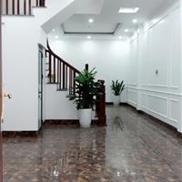 Nhà mới 50m2 x 4 tầng, tại phường Bồ Đề, quận Long Biên