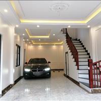 Nhà 53m2 x 4,5 tầng, trong ngõ 640 đường Nguyễn Văn Cừ, Gia Thụy, Long Biên, ô tô vào nhà