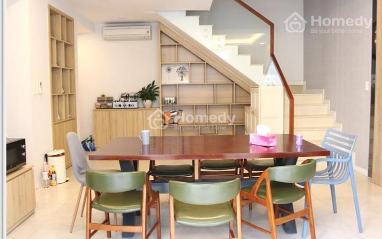 Penthouse Star Hill nhà cực đẹp cho thuê, giá quá rẻ