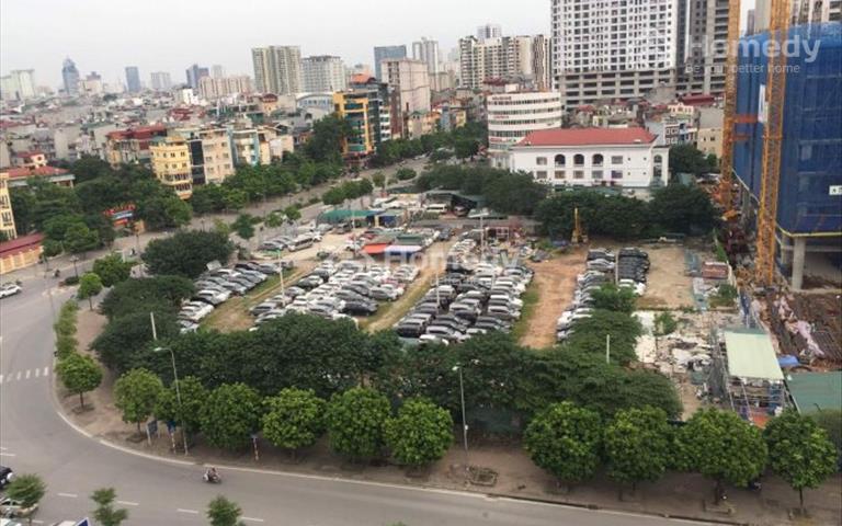 Cho thuê mặt sàn thương mại tầng 1 ngã tư Trung Kính 190m2 giá rẻ