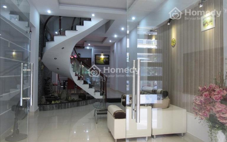 Cho thuê nhà nguyên căn mặt tiền đường Phan Huy Thực, Quận 7, 4 x 18m, trệt 3 lầu, 24 triệu/tháng