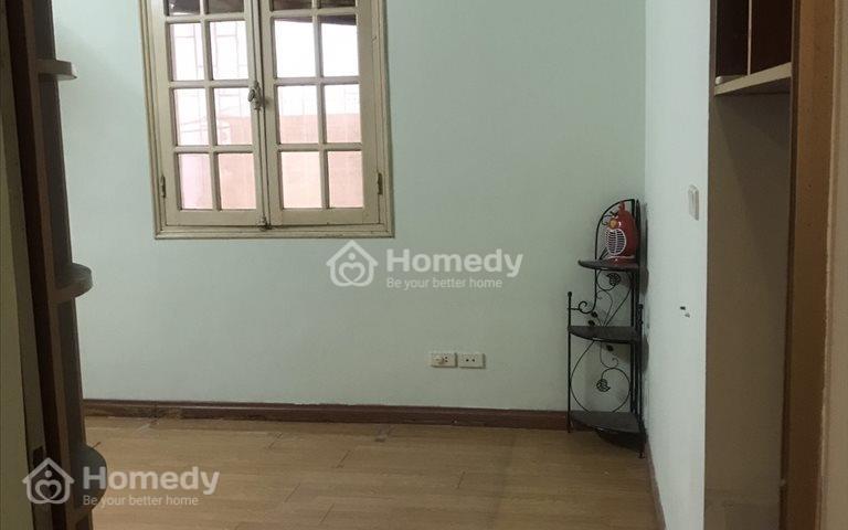 Chính chủ cho thuê nhà 40m2 tại Châu Long, Quán Thánh full nội thất giá 5,5 triệu/tháng