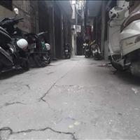 Bán gấp nhà 4 tầng phố Văn Cao, cách đường ô tô 20m, ngõ rộng