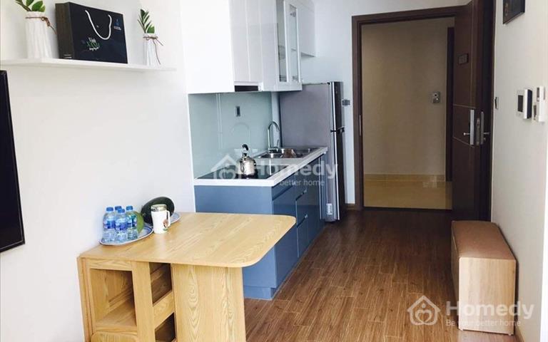 Cho thuê căn hộ sang trọng giá tốt tại Vinhomes Green Bay Mễ Trì, Chinese And Vietnamese