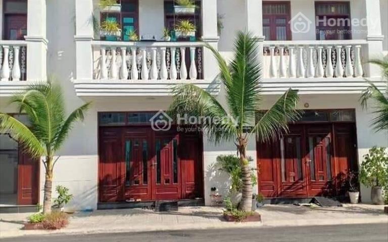 Mở bán hơn 200 căn nhà tại thị xã Tân Uyên - 1 trệt 1 lầu 120m2 - Thổ cư 100% - Giá chỉ từ 1,6 tỷ
