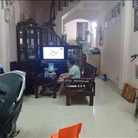 Cần bán gấp nhà phố Khương Trung, 40m2 x 4 tầng, giá cực rẻ