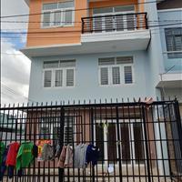 Chính chủ bán căn nhà 3 mặt tiền đường trung tâm Bửu Hòa, 1 trệt 2 lầu sổ riêng thổ cư, giá 2.3 tỷ