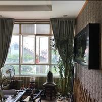 Gia đình cần bán gấp trong căn hộ Phú Hoàng Anh, 3 phòng ngủ, nội thất, giá 2.55 tỷ