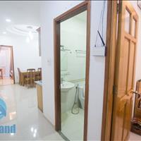 Siêu phẩm căn hộ 2 phòng ngủ 55m2 phố Nguyễn Trãi, Quận 1, full nội thất, ở ngay
