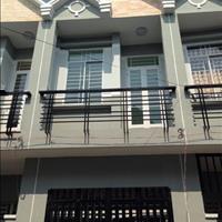 Kẹt tiền bán gấp nhà chính chủ Bình Chánh, 1 trệt 2 lầu, giá chốt 690 triệu, bao sang tên