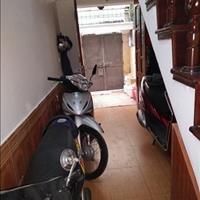 Cần bán nhà 4 tầng tại phường Nghĩa Tân, quận Cầu Giấy, Hà Nội, giá tốt