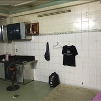 Phòng tầng trệt có bếp, 32m2 giờ tự do, máy lạnh, wifi free 4 triệu/tháng