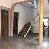 Cần tiền bán nhà lô góc giá rẻ phố Chùa Thông - thị xã Sơn Tây