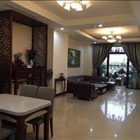 Bán căn hộ Royal City diện tích 131.1m2, 2 phòng ngủ, nội thất dính tường