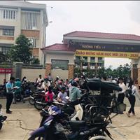 Bán nhà ngay chợ và trường học Chánh Phú Hoà.