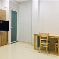 Phòng full nội thất mới, gác, ban công, 370 Phạm Văn Bạch, phường 15, Tân Bình