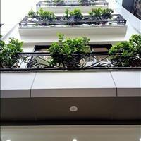 Bán gấp nhà phố Khâm Thiên, diện tích 28m2, 5 tầng, mặt tiền 4m, giá 2.9 tỷ