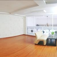 Căn hộ sàn gỗ, ban công, bếp riêng, đường ô tô gần cầu Lê Văn Sỹ, Trần Quốc Thảo, quận 3