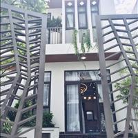 Bán gấp căn nhà 89m2 đường Phạm Văn Đồng - ngang khủng 6m - Gần chợ Bình Triệu, giá 2,1 tỷ