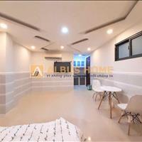 Căn hộ full nội thất view sông Trần Xuân Soạn Quận 7