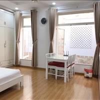 Cho thuê căn hộ 1 phòng ngủ, 1 phòng khách 50m2 full nội thất đường Cộng Hòa