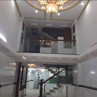 Nhà 3 lầu - Hẻm xe hơi - 4x14m - Cách mặt tiền 15m, phường 13, Bình Thạnh - 6.1 tỷ