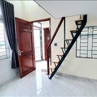 Căn hộ mới xây ngay cầu Tân Thuận có gác, nội thất mới  siêu khuyến mãi lớn