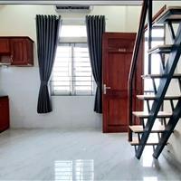 Cho thuê căn hộ ngay cầu Tân Thuận, thuận tiện qua Quận 1 chỉ 5 - 10 phút mới xây nội thất mới