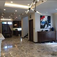 Cho thuê biệt thự siêu rẻ tại khu đô thị Yên Hòa, Cầu Giấy, 100m2, 3,5 tầng, 1 hầm, mặt tiền 10m