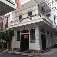 Cho thuê nhà đẹp để ở, làm văn phòng tại ngõ 4 Phố Phương Mai, Q. Đống Đa, Hà nội.