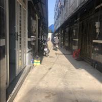 Bán nhà 1 trệt 3 lầu mới ngay chợ, nằm gần khu công nghiệp Bonchen, giá 1,8 tỷ