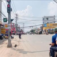 Bán đất mặt tiền 20m chợ Sáng Tân Phú Trung, ngã tư Hương Lộ 2, chỉ 700 triệu/90m2