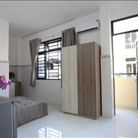 Căn hộ 1- 2 phòng ngủ full nội thất view Landmark 81 gần chợ Nguyễn Xí giá tốt